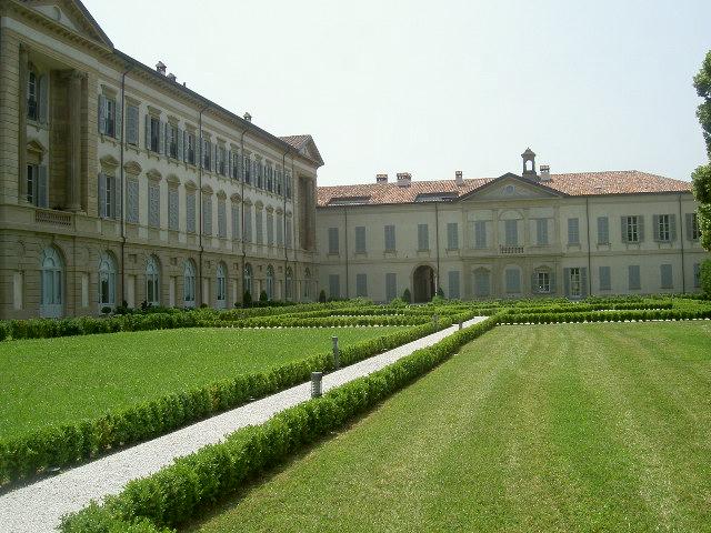 """Casa a """"Villa Busca Arconati Visconti"""""""